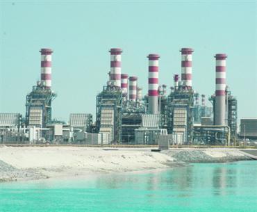 سعودي ارك ينقل أضخم وحدة تحلية في العالم